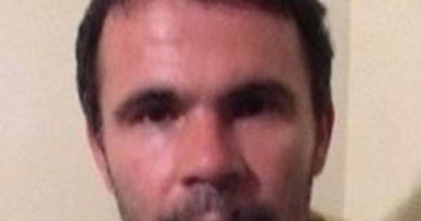 "Ex-jogador do Botafogo é vítima de assalto no Rio e dispara: ""E vai ..."