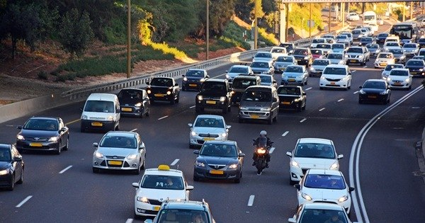 Entenda a obrigatoriedade do farol baixo na estrada - Notícias - R7 ...