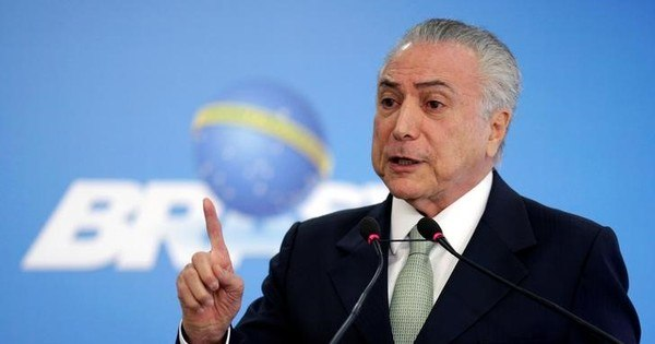 Temer sanciona sem vetos reajuste de 41,5% para servidores do ...
