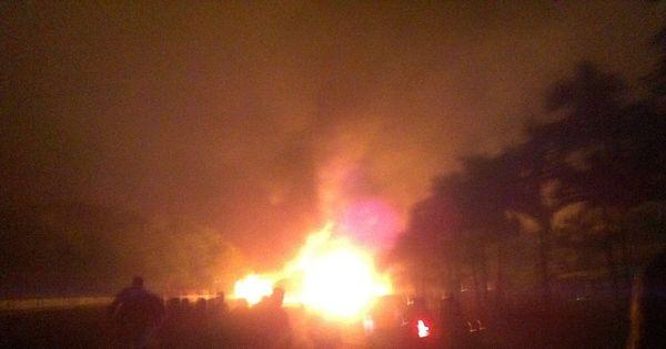 Caminhão carregado de combustível explode no Paraná e deixa ...