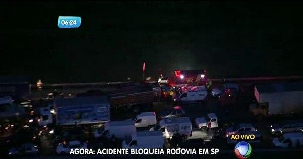 Quatro pessoas ficam feridas em acidente na rodovia dos ...