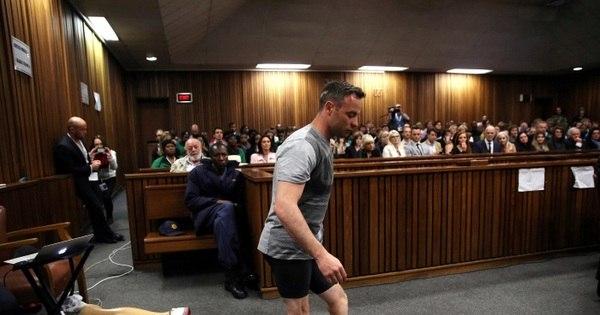 Pistorius é condenado a 6 anos de prisão por assassinato de ...