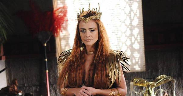 A Terra Prometida mal começou e a rainha Kalesi já reúne motivos ...