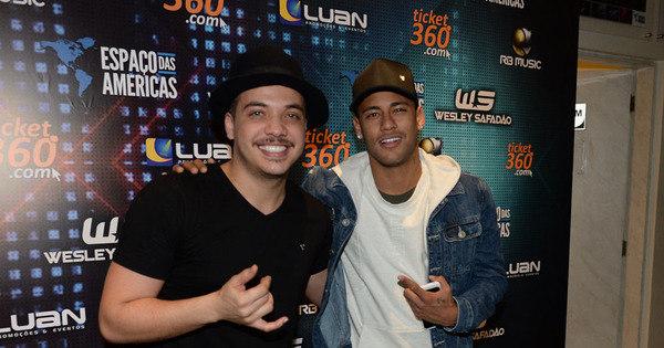 Neymar curte show de Wesley Safadão em São Paulo - Fotos - R7 ...