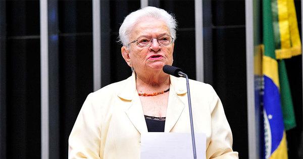 Luiza Erundina tem pedido para participar de debate na televisão ...