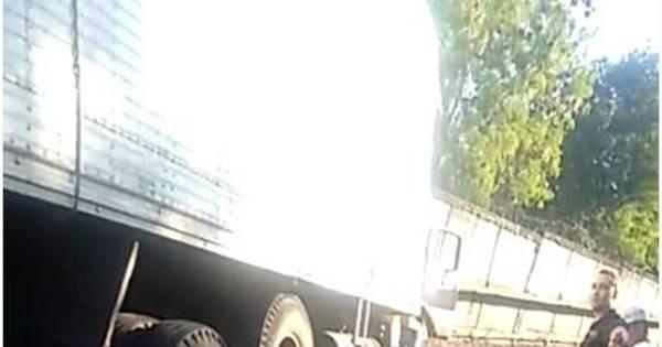 Rio: caminhão invade linha do metrô, deixa um morto e circulação é ...