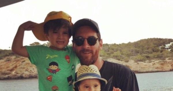 Filhos de Messi se vestem igual ao craque e bombam na web ...