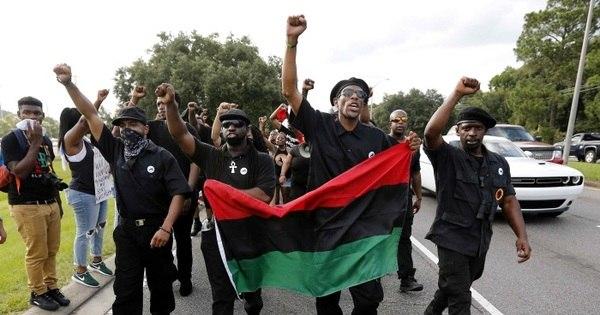 Partido Nova Pantera Negra levará armas em protestos em ...