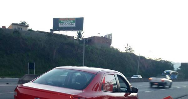 Empresa do Rio aluga carro roubado para turistas franceses ...