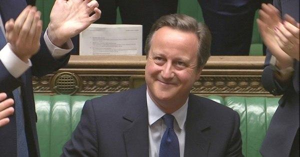 David Cameron provoca risos e lágrimas em despedida no ...