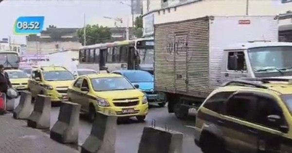MP pede prisão de 10 taxistas por agressão a motorista de Uber ...