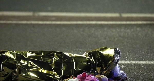 Ataque na França deixa dezenas de mortos durante comemoração ...
