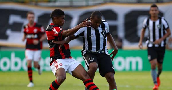Em jogo cheio de gols, Flamengo vacila e permite empate do ...