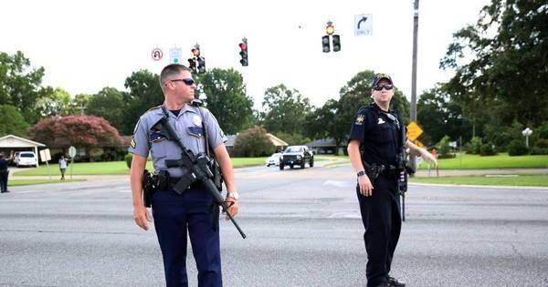 Domingo sangrento: tiroteios em três cidades dos EUA resultam em ...
