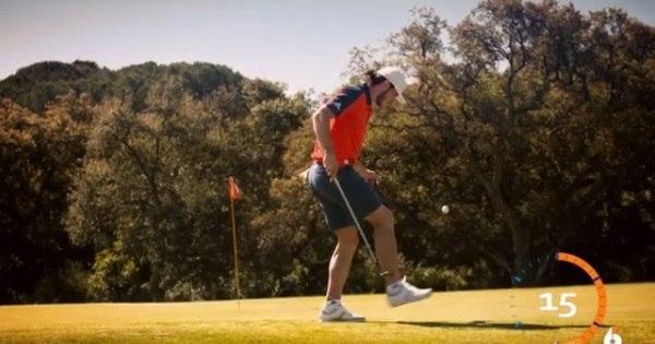 Bale esbanja habilidade e faz coisas incríveis com uma bola de golfe