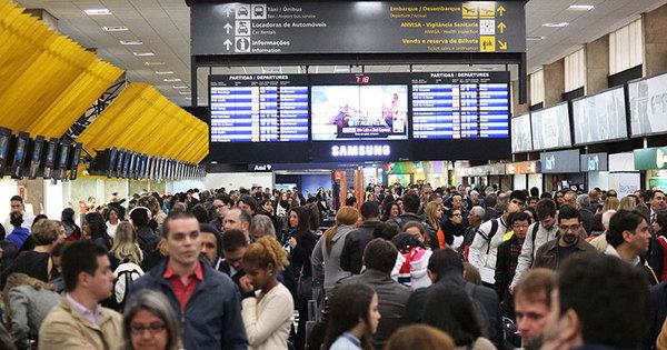 Congonhas (SP), Curitiba e Salvador têm atrasos e cancelamentos ...