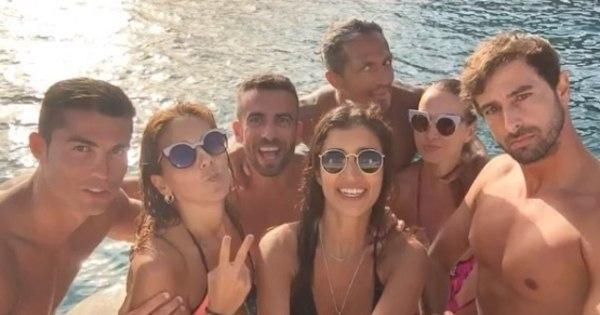 Depois de relaxar com a família, Cristiano Ronaldo curte o segundo ...