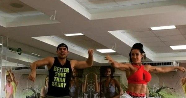 Aos 42 anos, Scheila Carvalho mostra corpaço em aula de dança ...