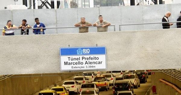 Novo túnel que substitui Perimetral é aberto com erro de português ...