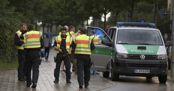 Tiroteios deixam mortos e feridos em shopping na Alemanha ...
