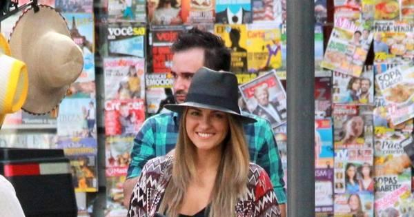 Maite Perroni sorri para paparazzo em passeio pelo Rio de Janeiro ...