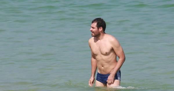 Mais magro, Thiago Lacerda chama atenção em dia de praia - Fotos ...