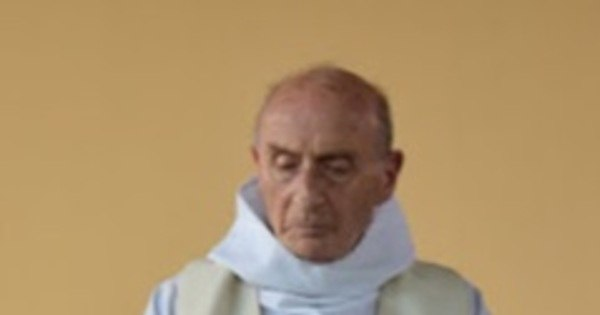 'Vá a igreja e corte cabeças', pediu terrorista de Rouen - Notícias ...