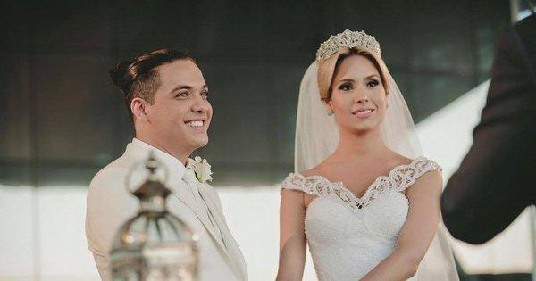 "Thyane Dantas posta foto de casamento e desabafa: ""Diante de ..."