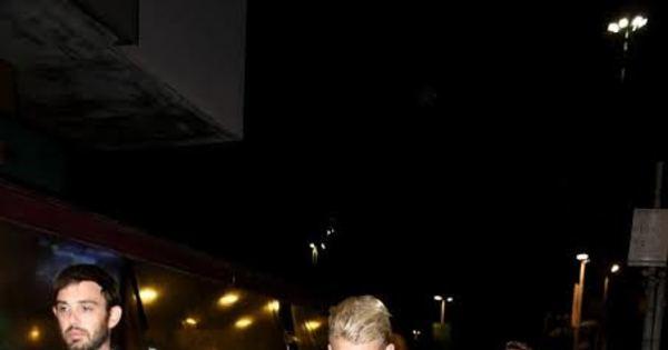 Cody Simpson é flagrado no Rio de Janeiro - Fotos - R7 Pop