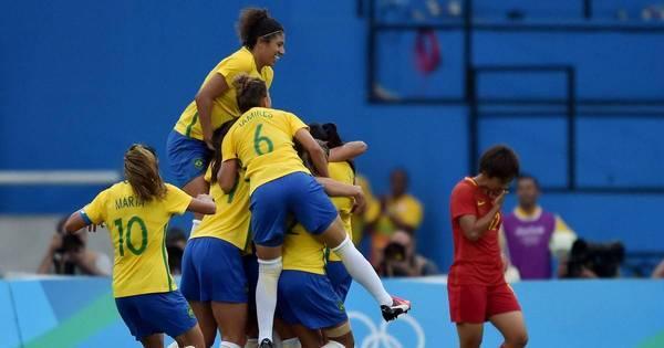 Veja as melhores imagens da estreia da seleção brasileira feminina ...