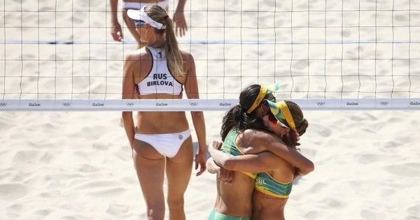 Larissa e Talita estreiam com vitória rápida na arena do vôlei de ...
