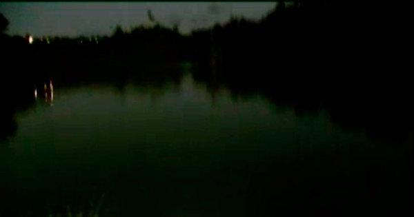 Dois homens são encontrados mortos próximos a uma lagoa em ...