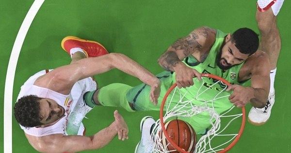 Brasil recupera brio e bate a Espanha no basquete olímpico por ...