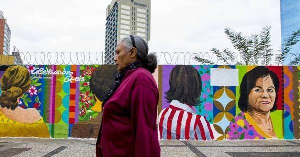 Centro de SP ganha grafite com o rosto de Maria da Penha - Fotos ...