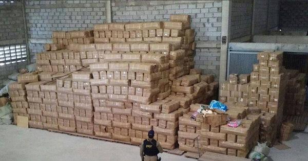 Polícia apreende produtos piratas estimados em R$ 70 mil em Feira ...
