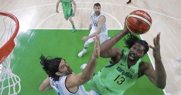 Brasil perde clássico contra a Argentina no basquete - Rede record ...