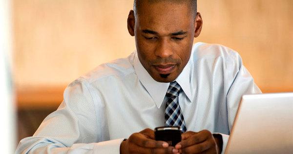 Com doações de restritas, aplicativos de celular viram opção para ...