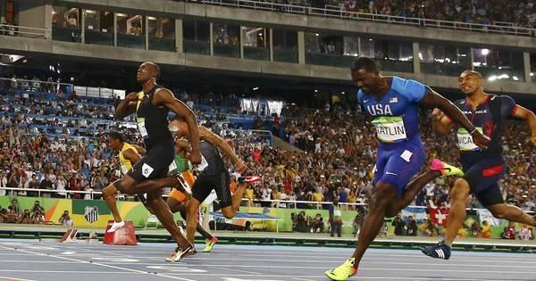 Usain Bolt 'voa' e garante tricampeonato olímpico - Rede record ...