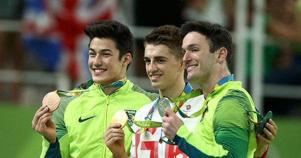 Diego Hypolito é prata e Arthur Nory fica com o bronze na ginástica ...