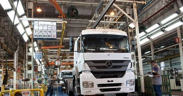 Mercedes-Benz paralisa produção em São Bernardo do Campo por ...
