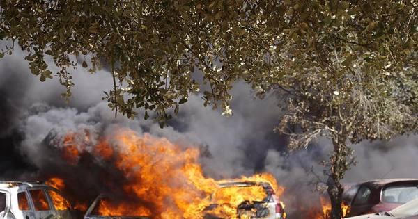 Incêndio destrói 422 carros durante evento; culpa pode recair a uma ...