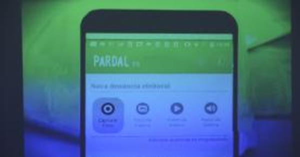 TSE lança aplicativo para que eleitor faça denúncias - Notícias - R7 ...