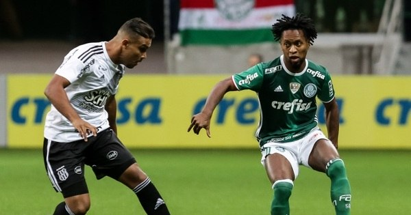 Palmeiras só empata em casa mas se mantém na liderança do ...