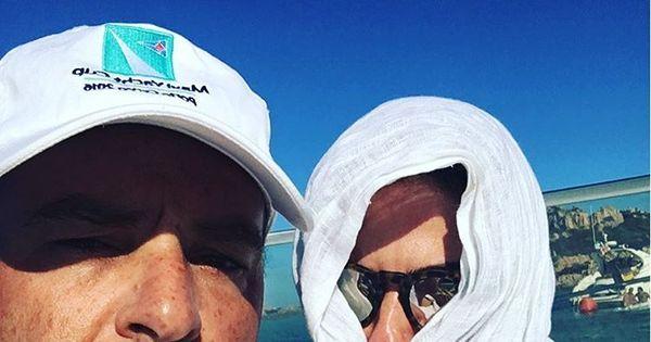 """Luciana Gimenez publica foto do bumbum e fãs criticam: """"Essa ..."""