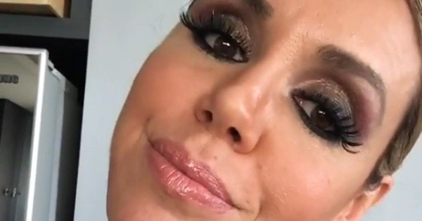 Renata Banhara está cansada de ser chamada de 'beiçuda e zoiuda'