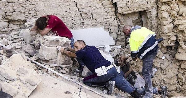 'Minha cama parecia uma gelatina', diz brasileira sobre terremoto na ...