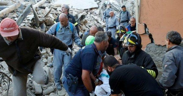 Tremor secundário e buscas noite adentro: Itália confirma 247 ...