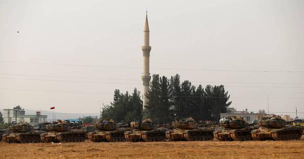 Turquia envia mais tanques para ofensiva contra Estado Islâmico e ...