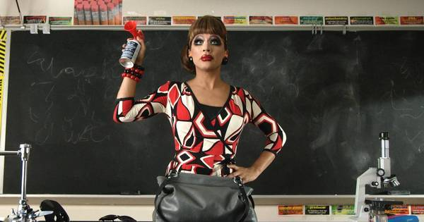 Hilário! Vencedora do RuPaul's Drag Race, Bianca Del Rio divulga ...
