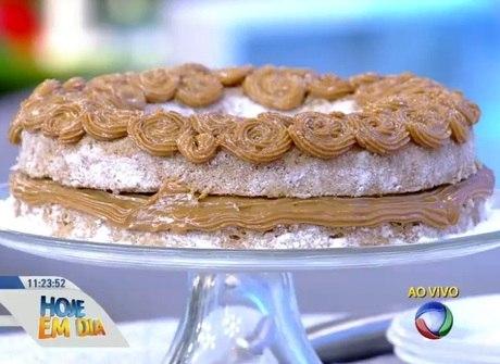 Prepare em casa delicioso bolo de micro-ondas em poucos minutos